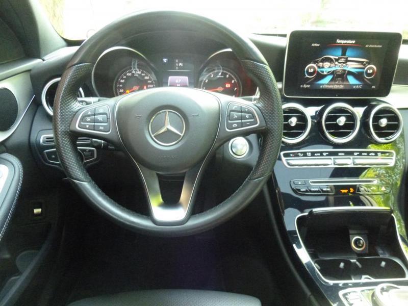 Mercedes-Benz C-Class Sedan 4