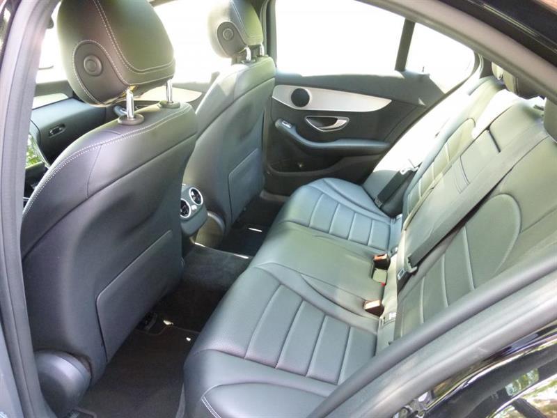 Mercedes-Benz C-Class Sedan 13