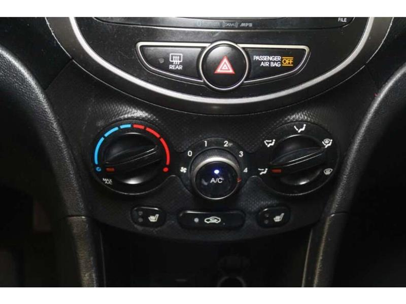 Hyundai Accent 25