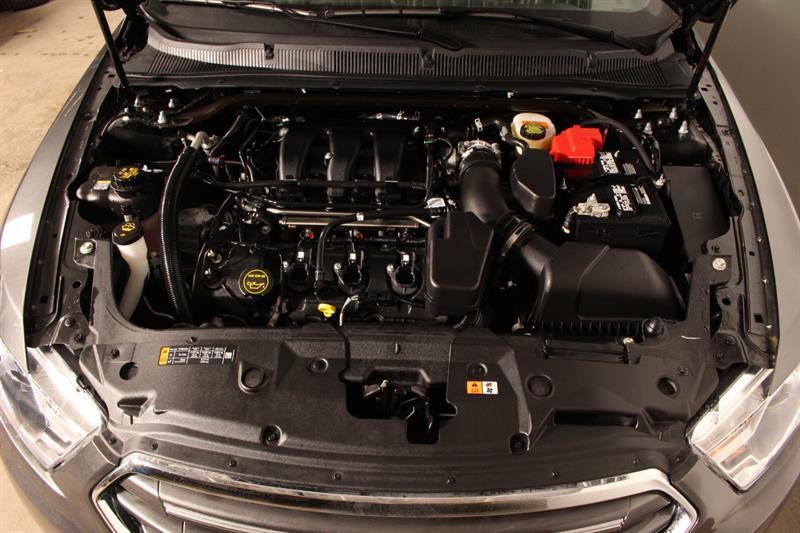 Ford Taurus 11