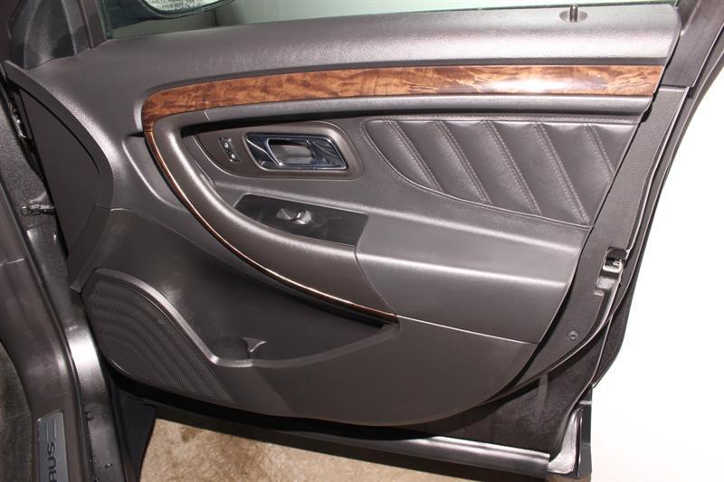 Ford Taurus 20