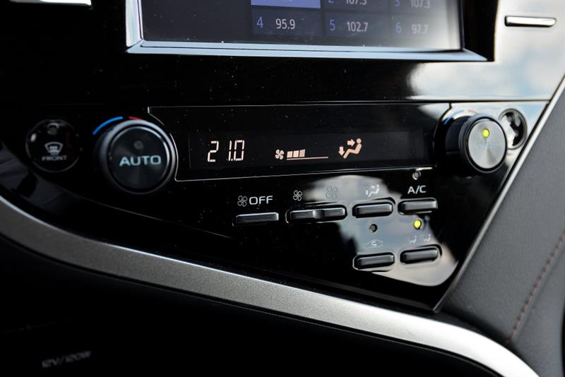 Toyota Camry 26