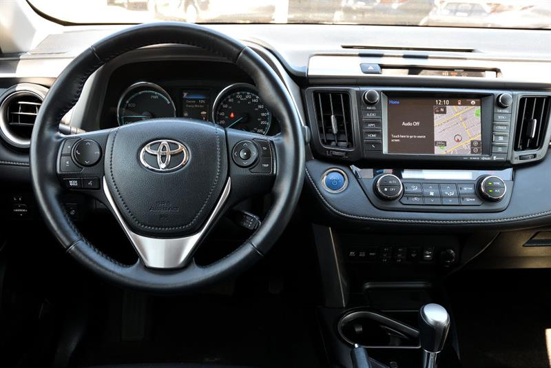 toyota RAV4 Hybrid 2016 - 33