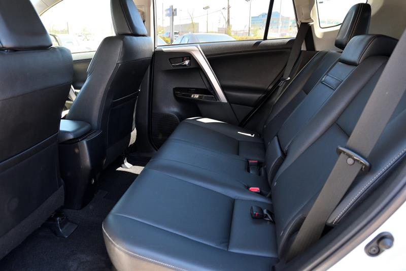 toyota RAV4 Hybrid 2016 - 35