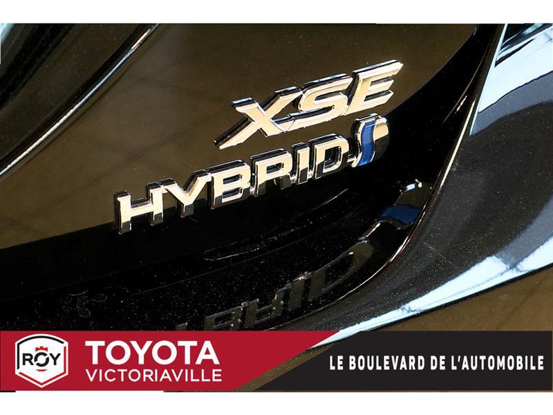 Toyota Camry Hybrid 3