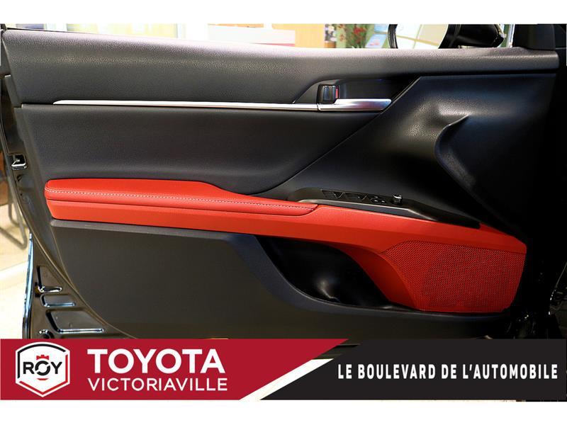 Toyota Camry Hybrid 7