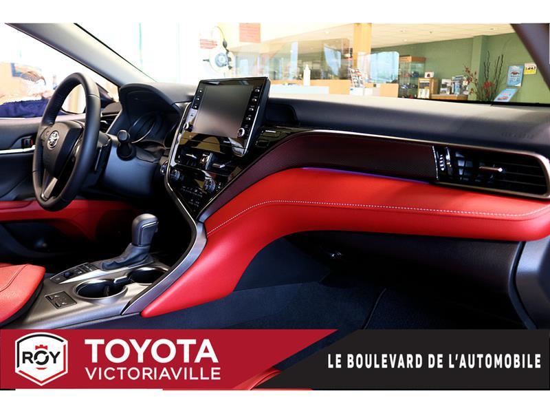 Toyota Camry Hybrid 9