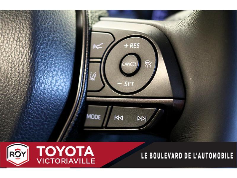 Toyota Camry Hybrid 17