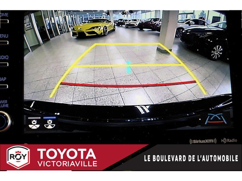 Toyota Camry Hybrid 20