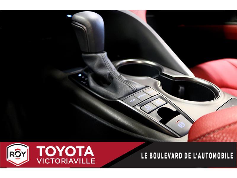 Toyota Camry Hybrid 21