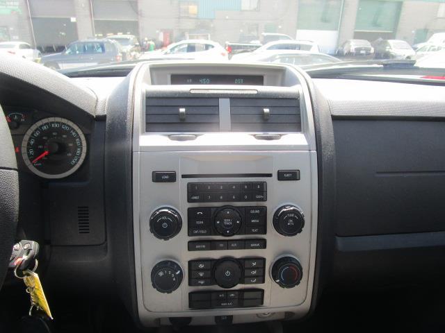 Mercedes-Benz 180 30
