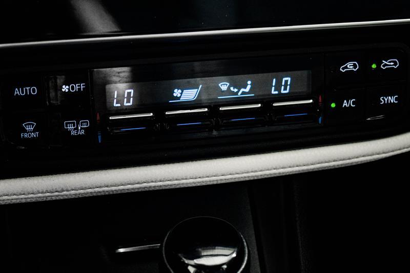 toyota Corolla iM 2018 - 27