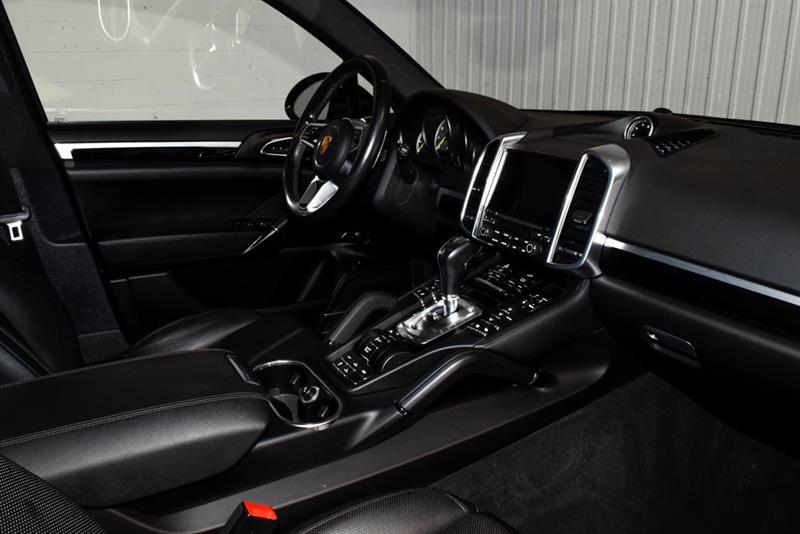 Porsche Cayenne 17