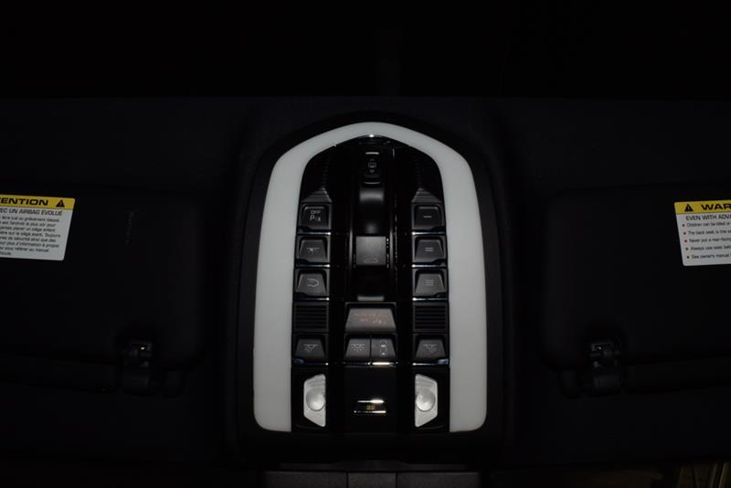 Porsche Cayenne 37