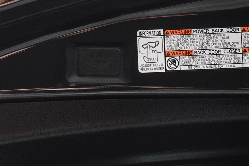 toyota RAV4 Hybrid 2017 - 37