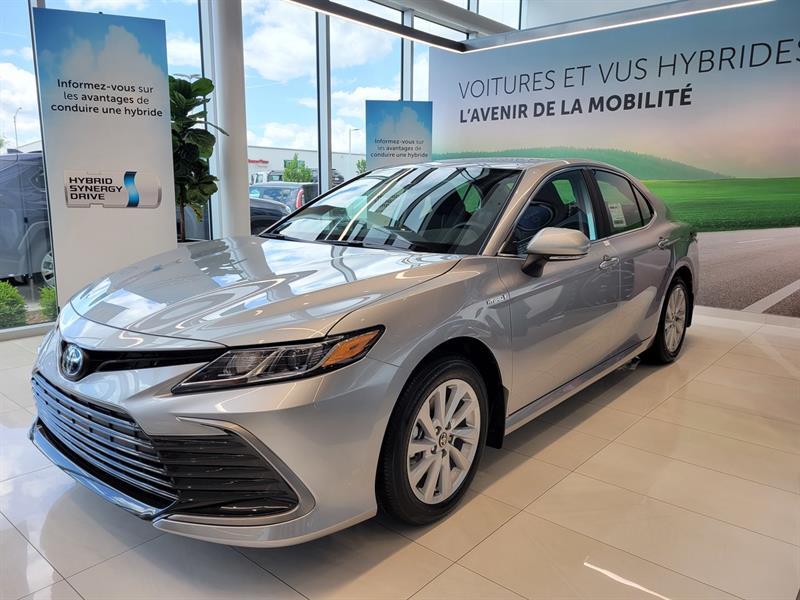 toyota Camry Hybrid 2021 - 1