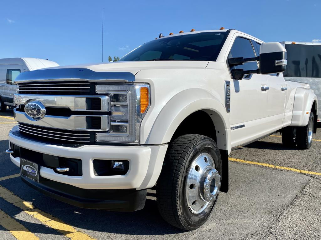 Ford F-450 1