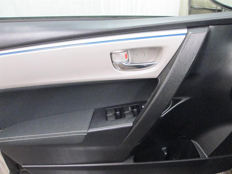 toyota Corolla 2016 - 36