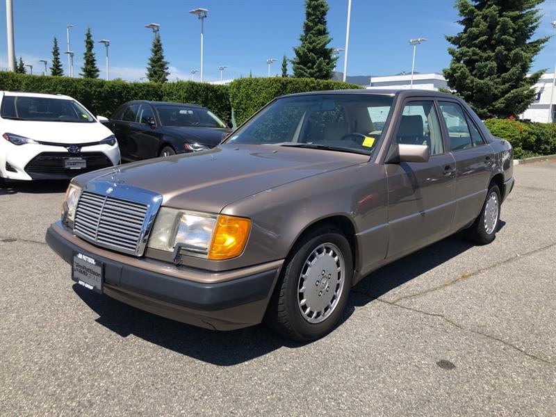 1991 Mercedes-Benz C300