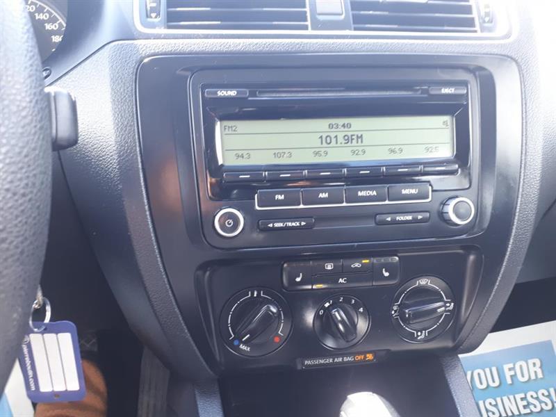 Volkswagen Jetta 9