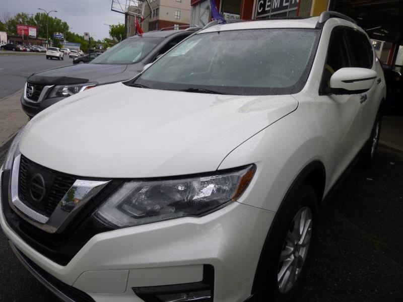 Nissan Rogue 1