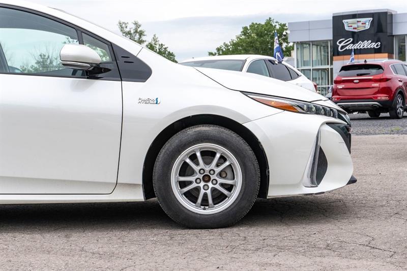 toyota Prius Prime 2017 - 28