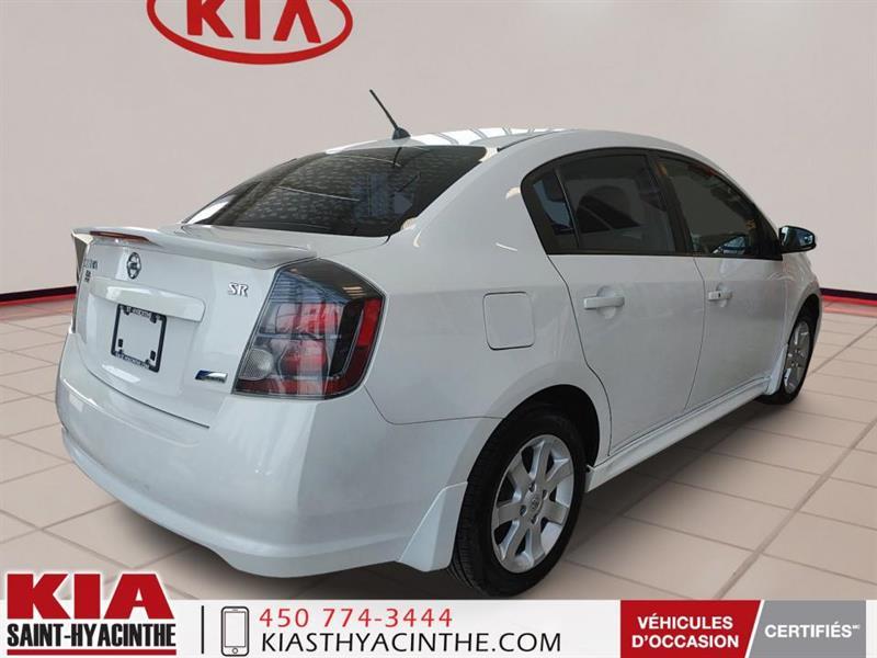 Nissan Sentra 5