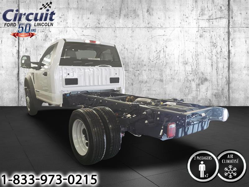 Ford F-550 4