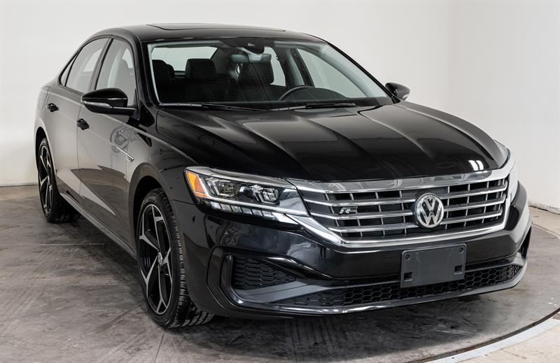 Volkswagen Passat 2020 line R-Line A/C Mags Cuir Toit