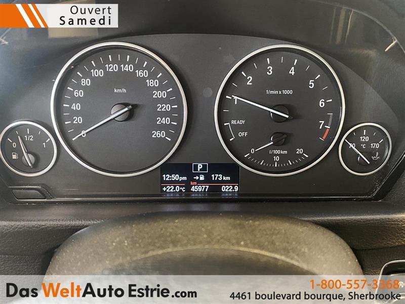 BMW 3 Series Sedan 12