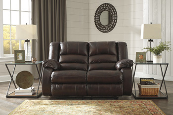 Ashley Reclining Loveseat/Levelland
