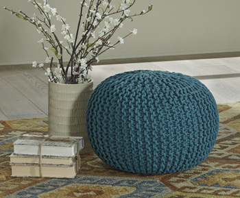 Ashley Pouf/Nils/Teal