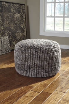 Ashley Pouf/Achiles/Natural