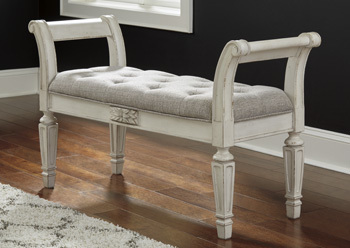 Ashley Accent Bench/Realyn