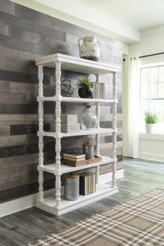 Ashley Bookcase/Dannerville/White