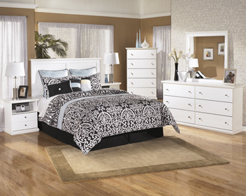 Ashley Bedroom Mirror/Bostwick Shoals