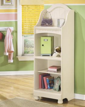 Large Bookcase/Cottage Retreat