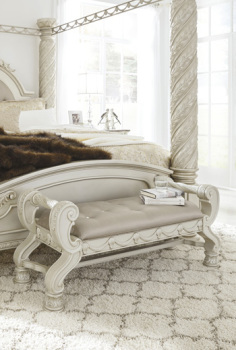 Ashley Large UPH Bedroom Bench