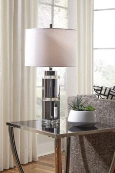 Ashley Metal Table Lamp (2/CN)/Makram