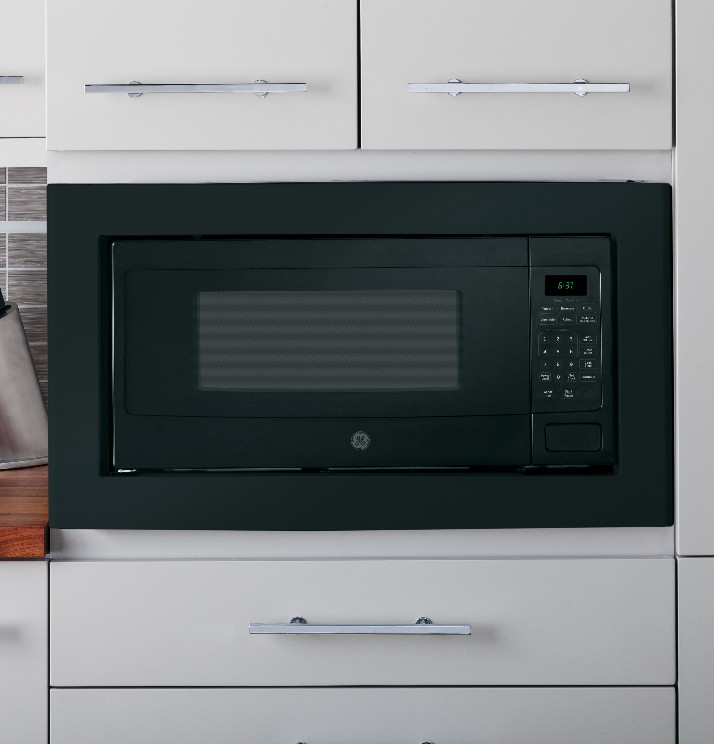 Model: PEM31DFBB | GE Profile GE Profile™ Series 1.1 Cu. Ft. Countertop Microwave Oven