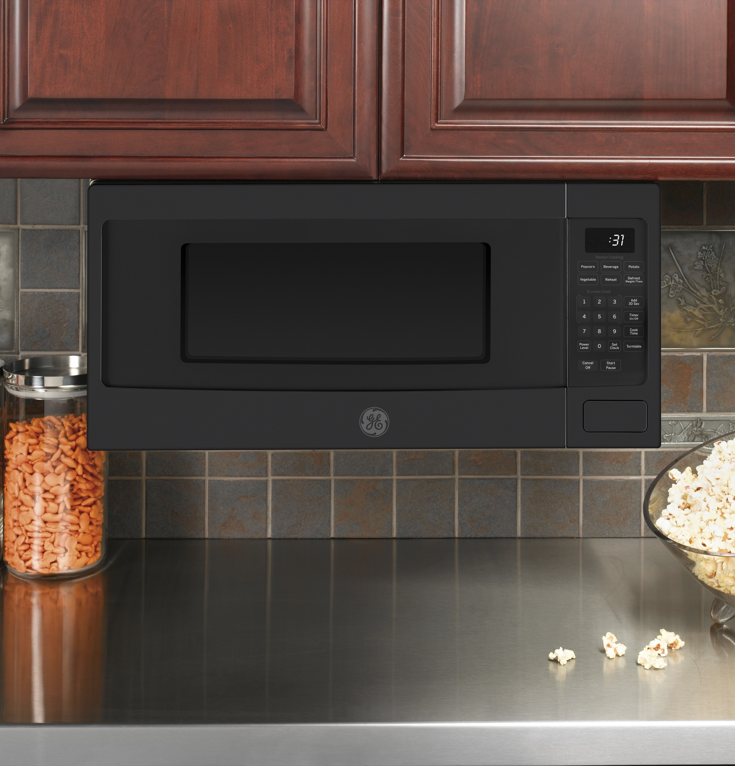 Model: PEM31FMDS | GE Profile™ Series 1.1 Cu. Ft. Countertop Microwave Oven