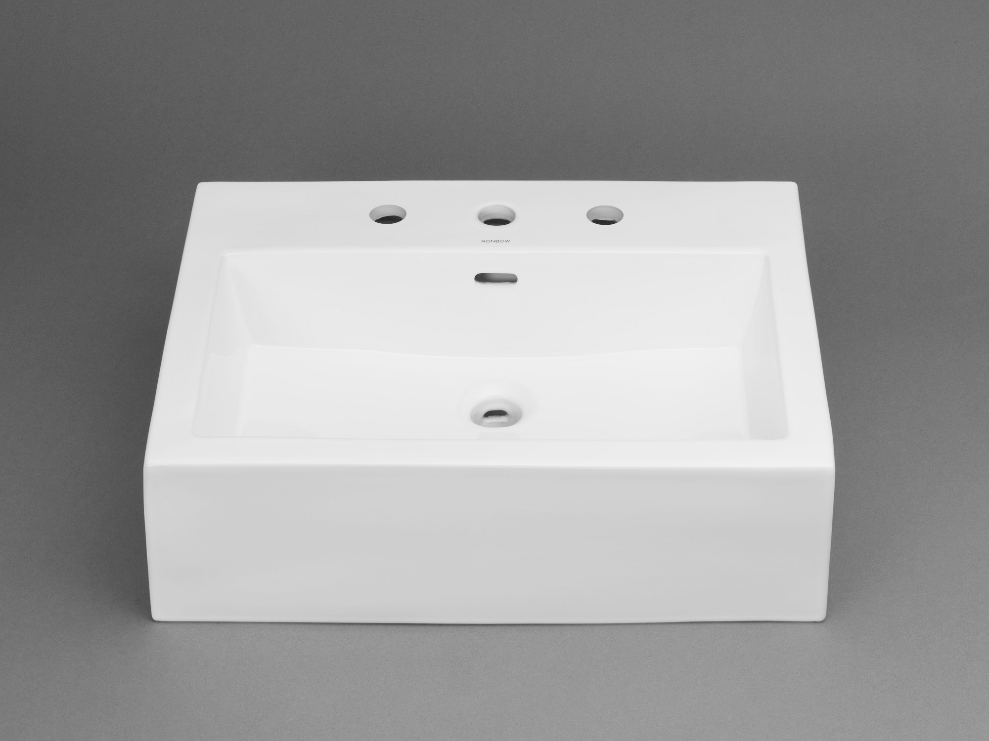 "Ronbow Prominent? 32"" Ceramic Sinktop with 8"" Widespread Faucet Hole in White"