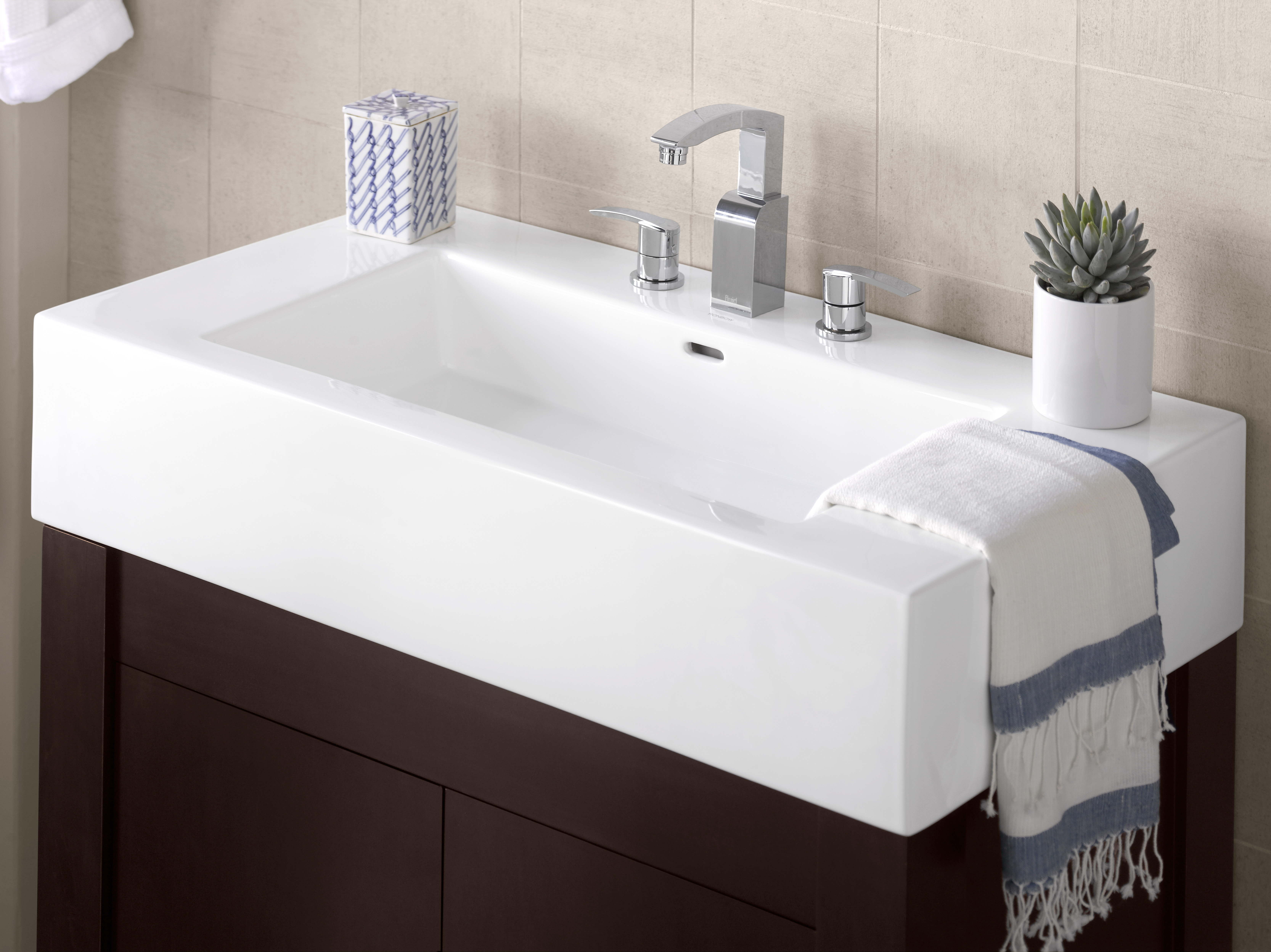 "Ronbow Prominent? 37"" Ceramic Sinktop with 8"" Widespread Faucet Hole in White"