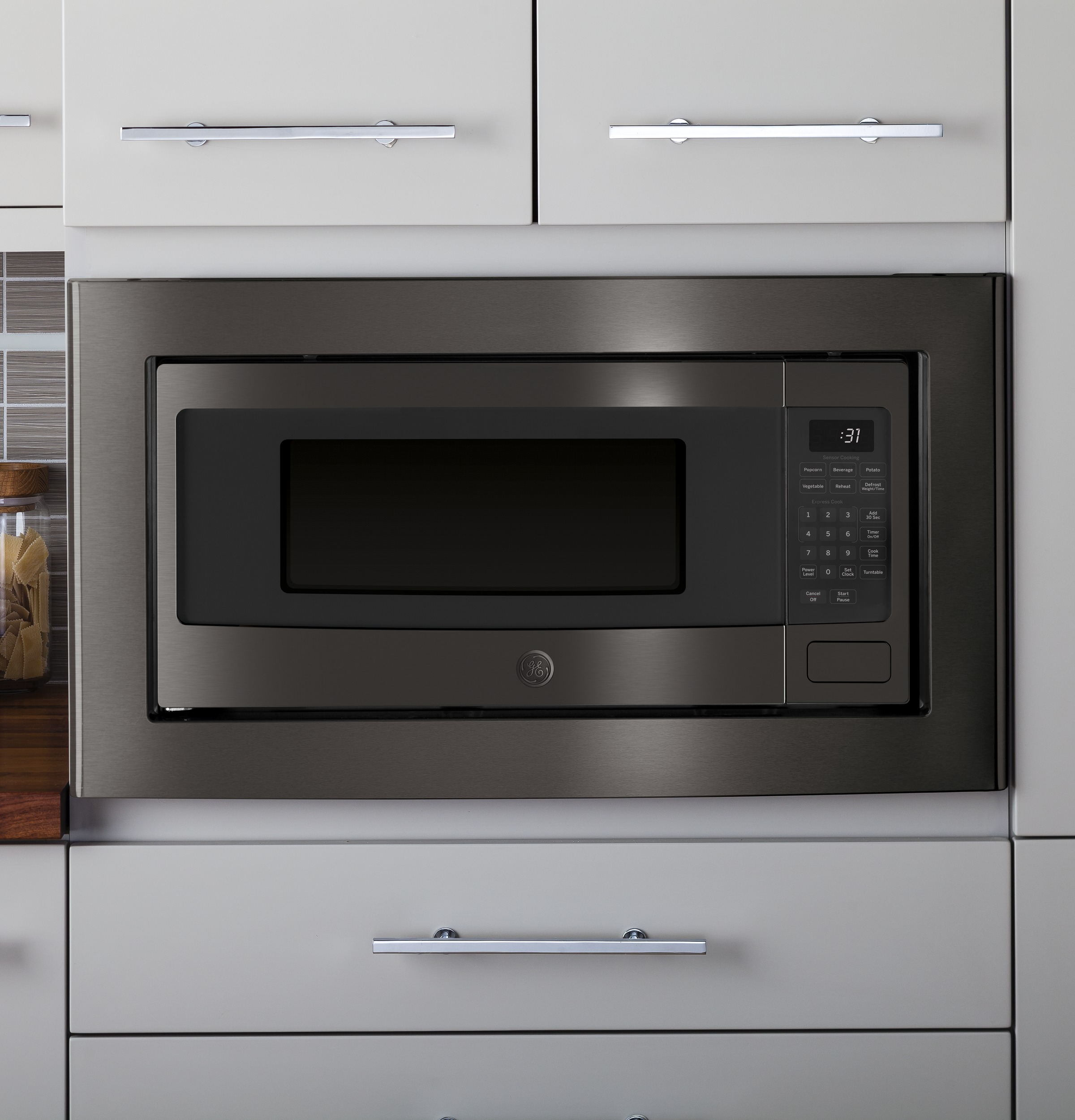 Model: PEM31BMTS | GE Profile™ Series 1.1 Cu. Ft. Countertop Microwave Oven