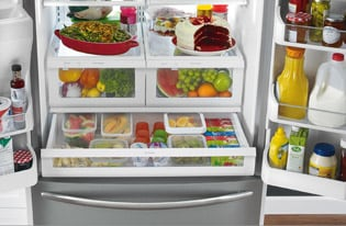 Model: FFHN2750TS | 27.6 Cu. Ft. French Door Refrigerator