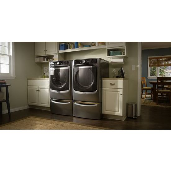 Large Capacity Gas Dryer with Refresh Cycle with Steam and PowerDry System – 7.4 cu. ft.