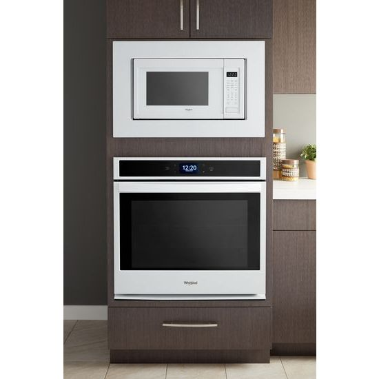 Model: WOS51EC0AW | Whirlpool 5.0 cu. ft. Single Wall Oven with extra-large window