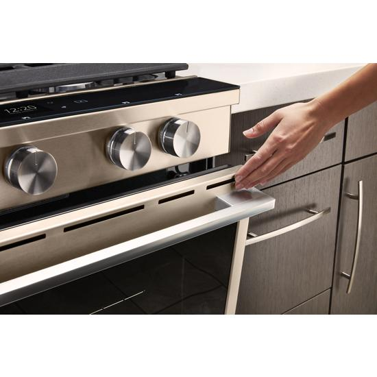 Model: WEGA25H0HN | Whirlpool 5.8 cu. ft. Smart Slide-in Gas Range with EZ-2-Lift™ Hinged Cast-Iron Grates