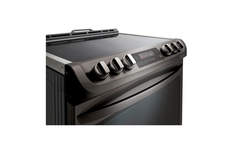 Model: LSE4613BD | LG 6.3 cu. ft. Electric Single Oven Slide-in Range with ProBake Convection® and EasyClean®