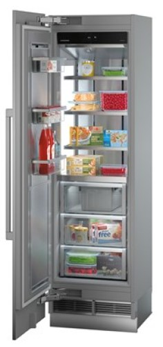 Flush mountable built-in freezer with NoFrost